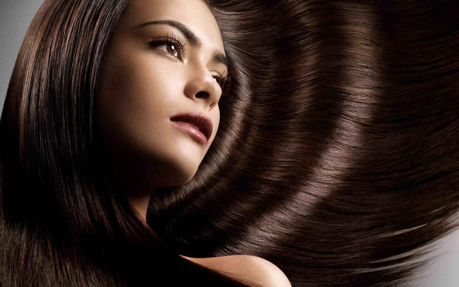 l'aide cheveux l'undercut ceux Pour courtes longs de qui à préfèrent aussi d'un cardigan toujours attachés cheval les queue est coupes tendance en 404gqrw